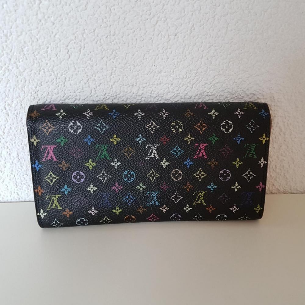 louis-vuitton-76189-23-312469