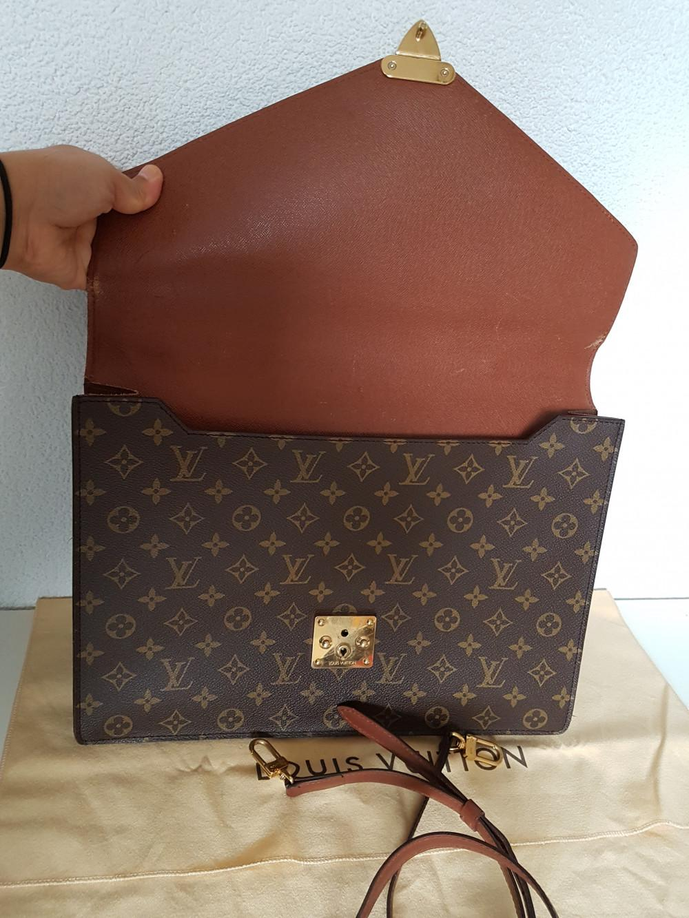 louis-vuitton-93678-4-332837