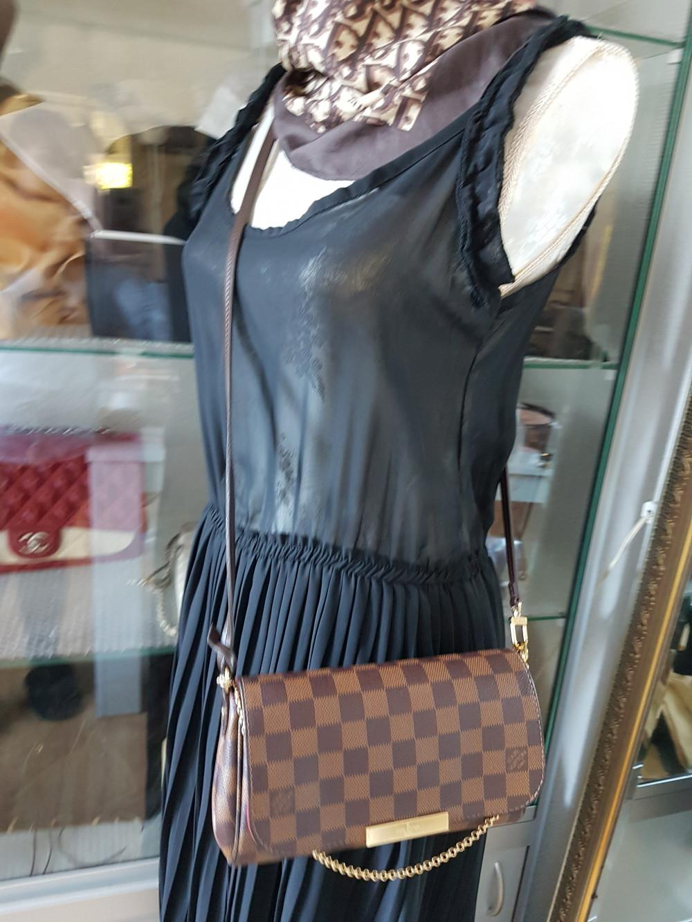 louis-vuitton-95576-8-347935