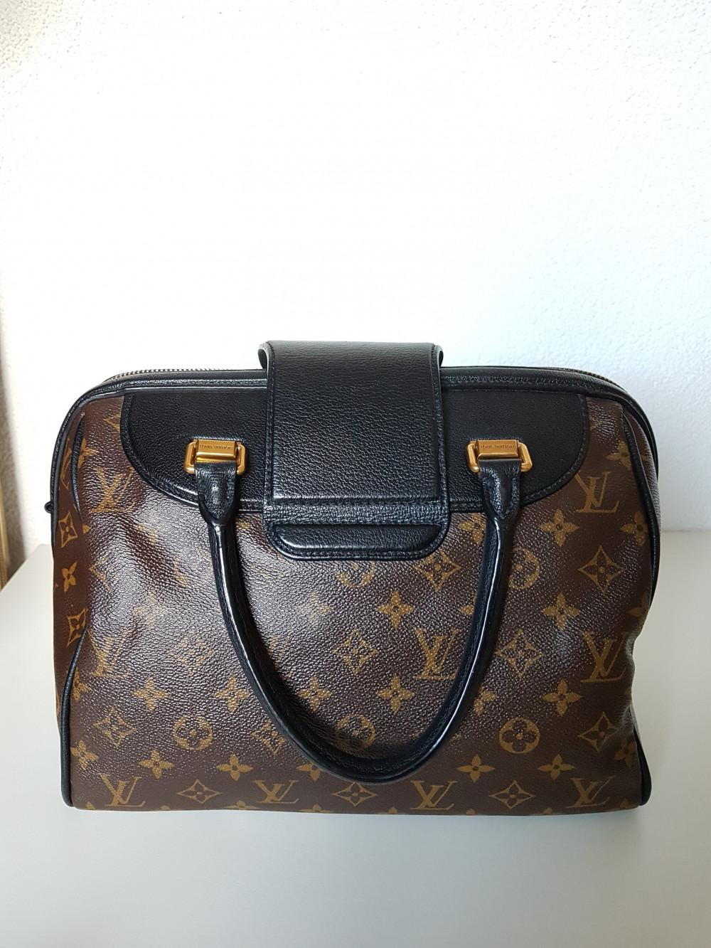 louis-vuitton-96161-2-352730