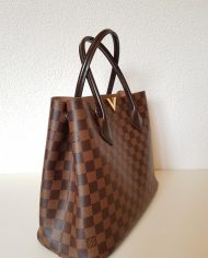 louis-vuitton-96862-2-358420