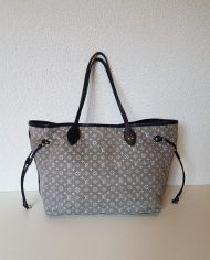 louis-vuitton-96866-358461