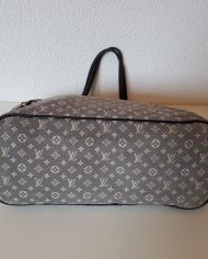 louis-vuitton-96866-4-358465