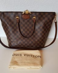 louis-vuitton-97113-10-360402