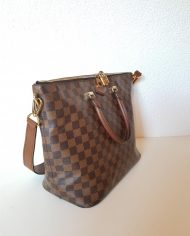 louis-vuitton-97113-4-360396 (1)