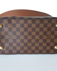 louis-vuitton-97113-7-360399 (1)