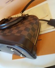 louis-vuitton-98196-5-368953