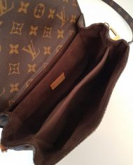 louis-vuitton-102661-9-405949