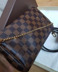 louis-vuitton-106640-10-447098