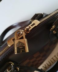 louis-vuitton-107895-5-449695